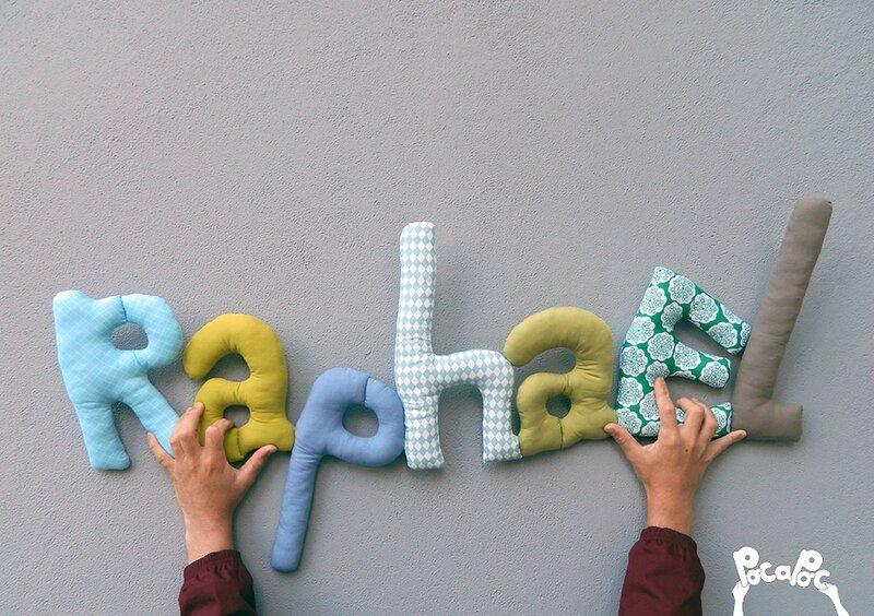 raphael 4,mot en tissu,mot decoratif,cadeau de naissance,decoration chambre d'enfant,cadeau personnalise,cadeau original,poc a poc blog