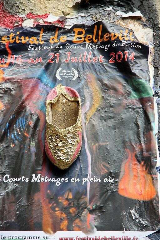 7-chaussures, affiche, mur Belleville_4177