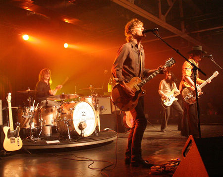 6_11_19_20city_20hall_20the_20raconteurs_20all_20wide
