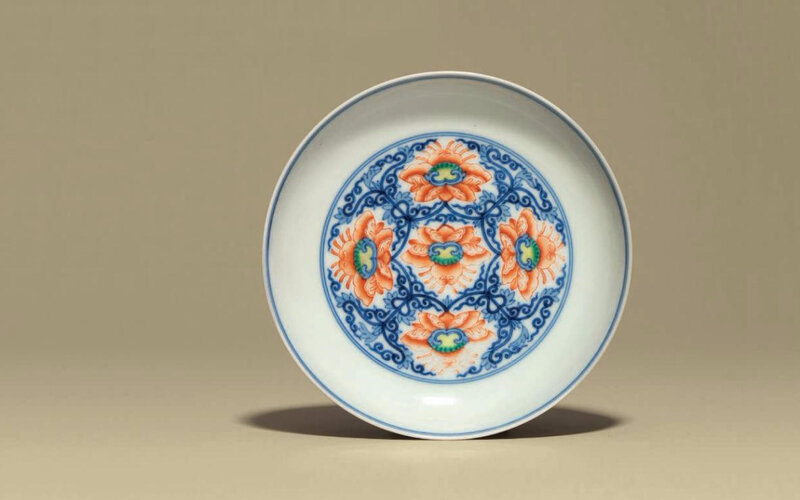 Adoucai'lotus' dish, Yongzheng six-character mark in underglaze blue within a double circle and of the period (1723-1735)