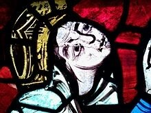 Eleanor-of-Aquitaine-Poitiers-Cathedral-Window
