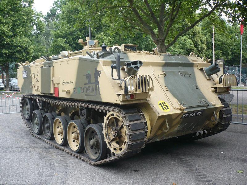 GKN FV432 chenillé blindé Véhicule de Transport de troupes Illzach (1)