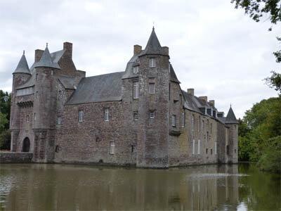 chateau_de_trécesson_01