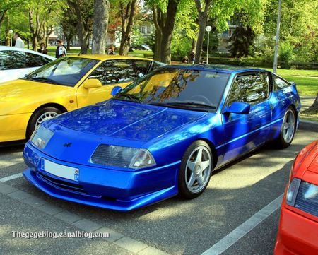 Alpine V6 turbo (Rencard Haguenau avril 2011) 01