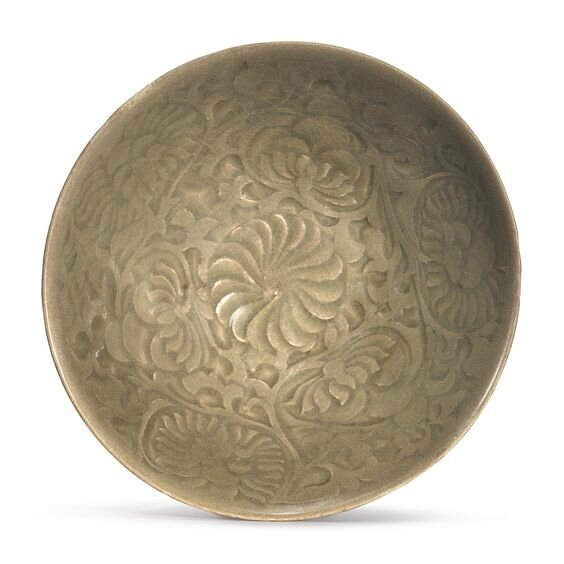 A carved 'Yaozhou' celadon-glazedd bowl, Northern Song-Jin dynasty (960-1234)