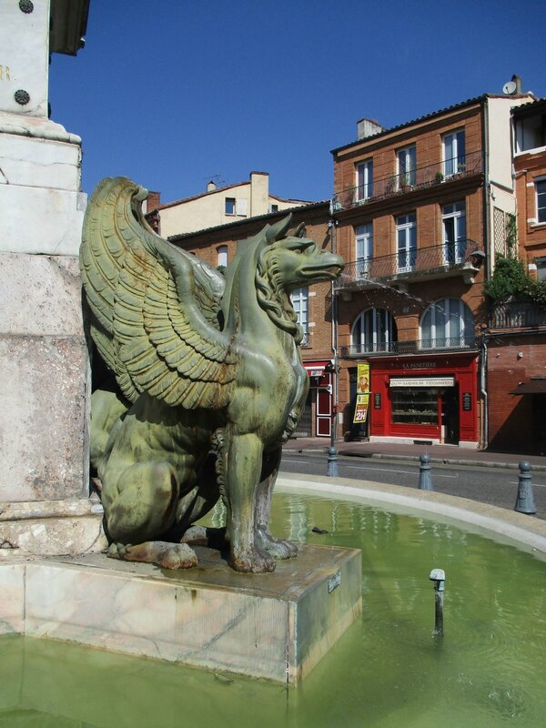 Fontaine place Dupuy