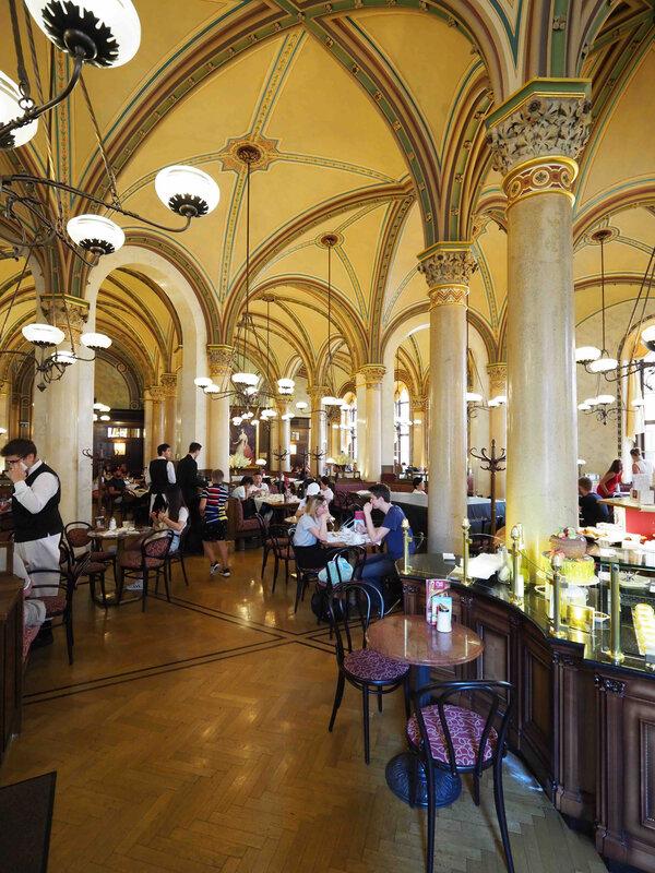 café central intérieur
