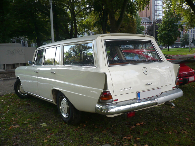 MERCEDES 200D W110 break Universal IMA Liège (2)