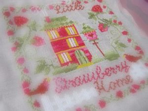 little_strawberry_home_002
