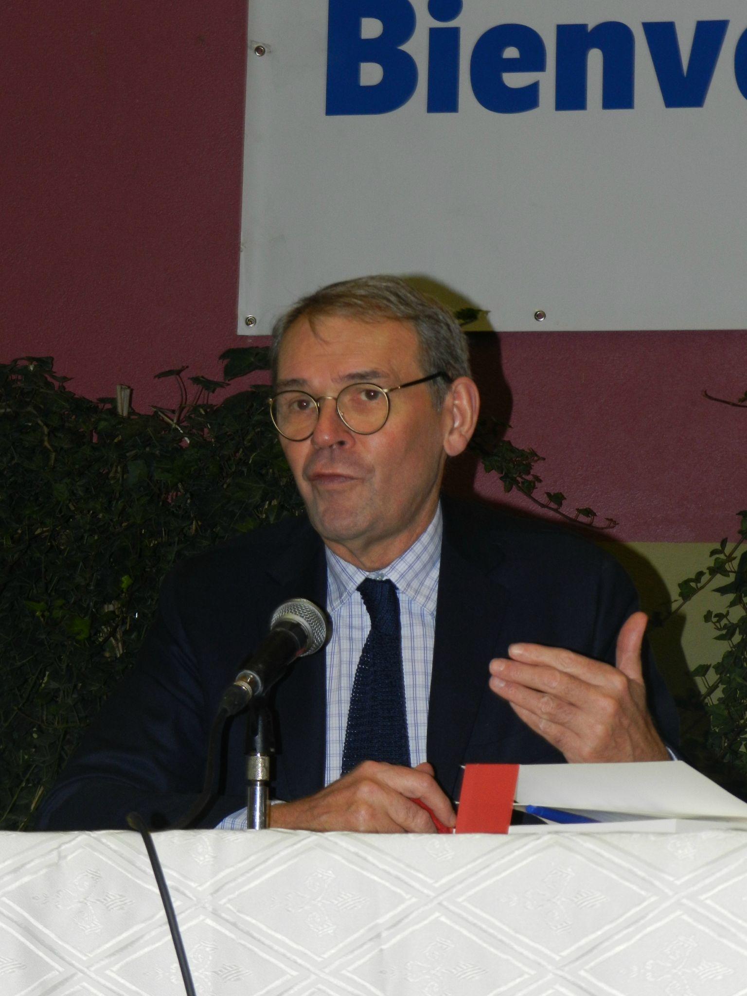 Jean-Jacques Aillagon pendant sa conférence