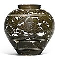 A large 'Cizhou' sgraffiato 'Peony' baluster vase , Song-Jin Dynasty