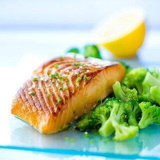 saumon-grille-au-brocolis_320x320