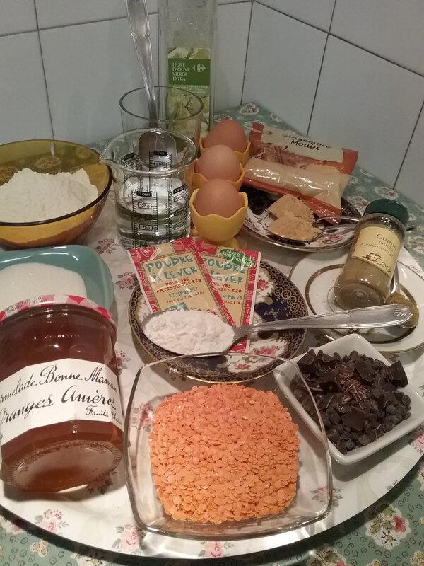 Cake aux lentilles corail, épices et pépites de chocolat 063