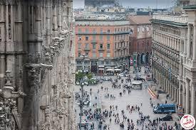 JE VISITE MILAN