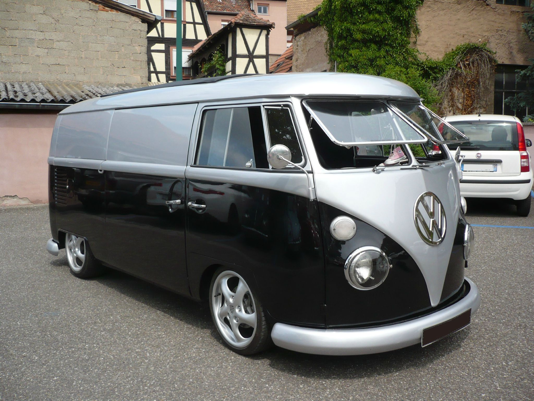 volkswagen combi split fourgon t l molsheim 1 photo de 066 7e molsheim cox show le 20 mai. Black Bedroom Furniture Sets. Home Design Ideas