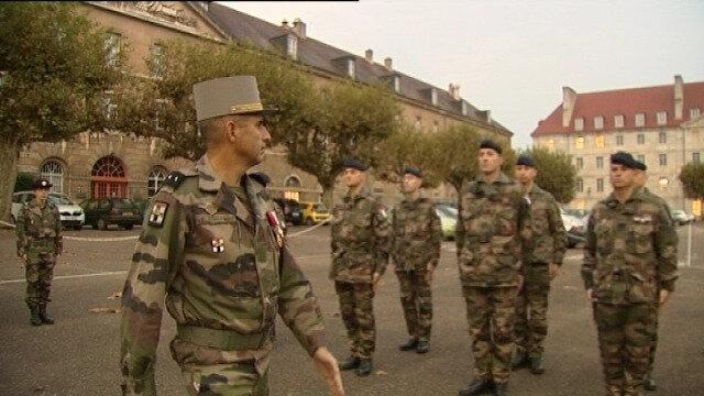 Besançon Armée prise d'armes