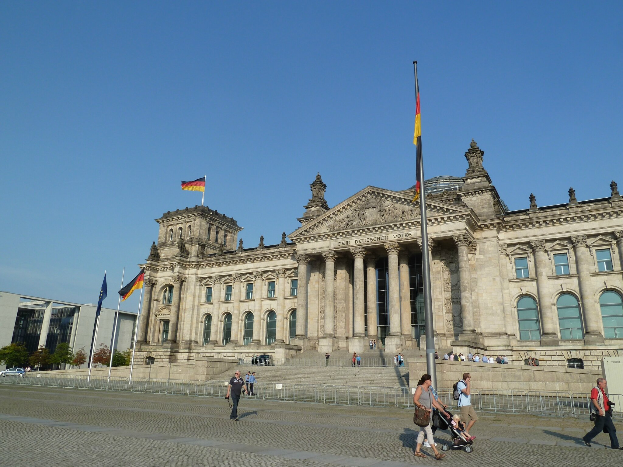 172 Le Reichstag