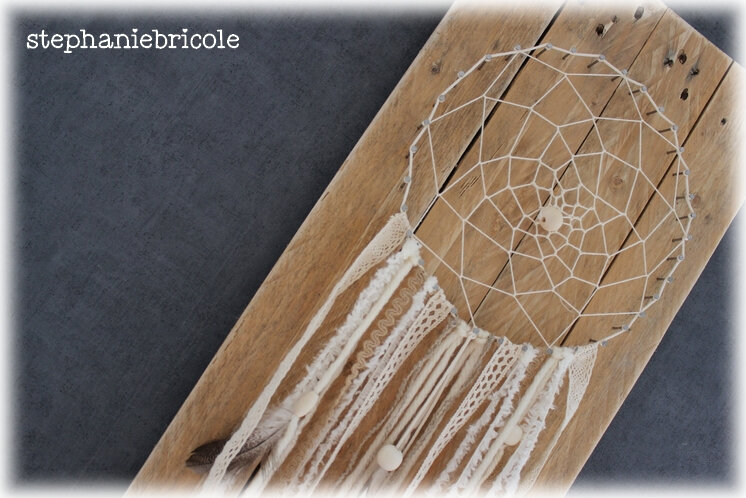 Un attrape –rêve en string art !