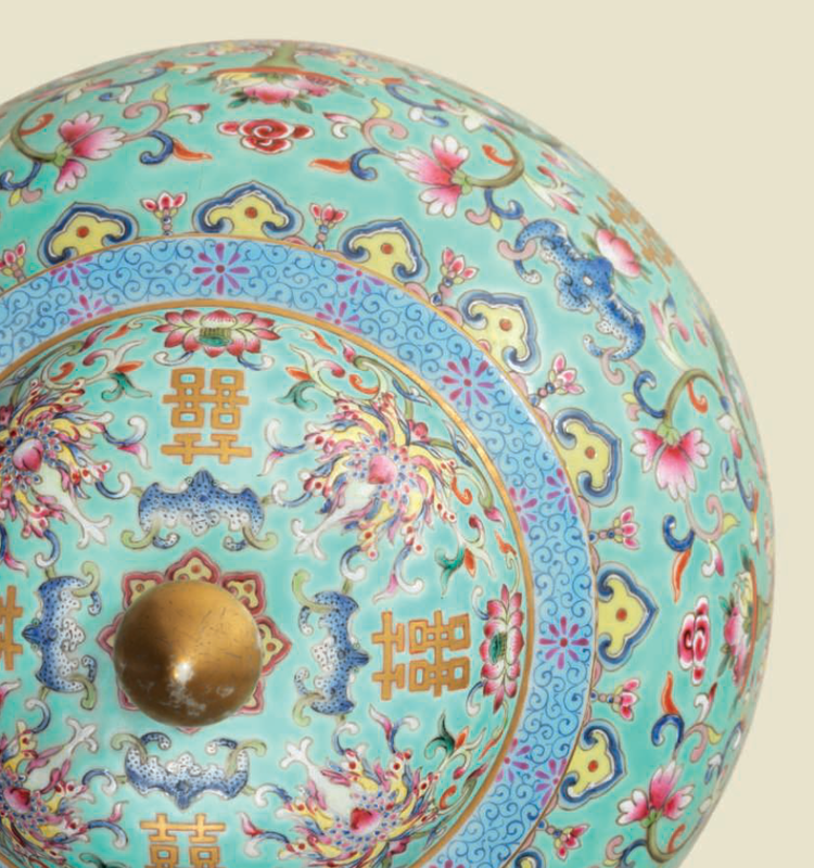 An impressive finely painted famille rose turquoise-ground 'Lotus' ovoid jar and cover, Daoguang six-character seal mark in iron-red and of the period (1821-1850) 2