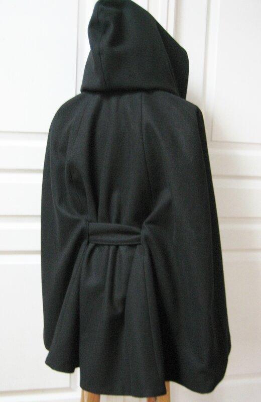 veste-cape noire 012