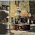 Vence la Jolie 2 - la fontaine du Peyra - datée 1973