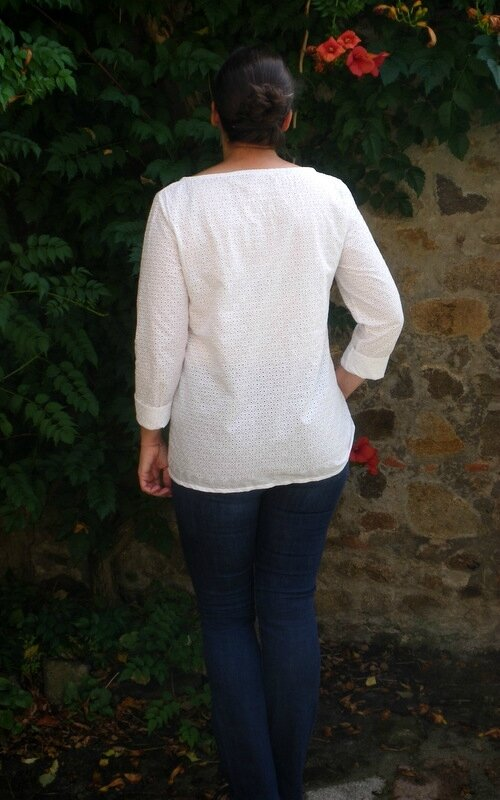 Confortable broderie anglaise (4)