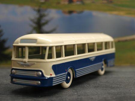 #2-Autocar Chausson AP52