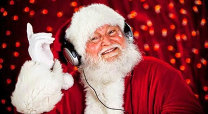 santa listens to radiosatellite