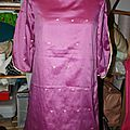 Robe rose indien et or