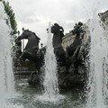 Fontaine chevaux sur place du Manège