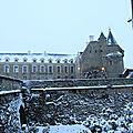 Neige au château