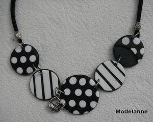 collier lentilles noir et blanc