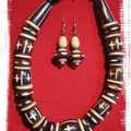 Collier bois grosses perles (CC8)