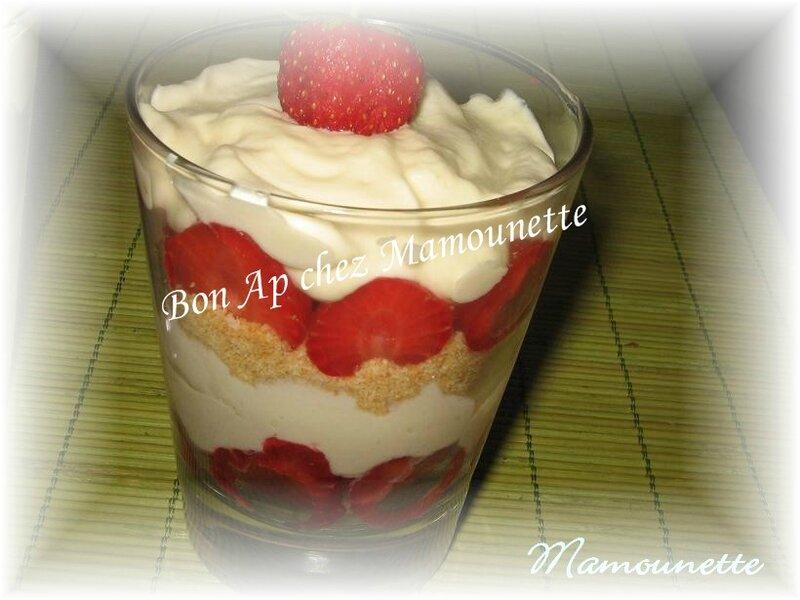 Trifles aux fraises et sablés de Bretagne 016