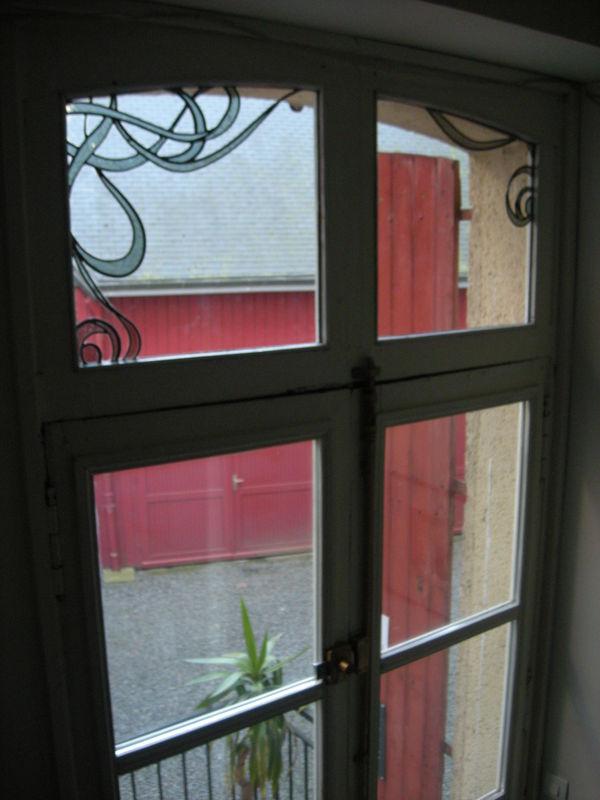 porte-fenêtre (imposte) sur l´extérieur