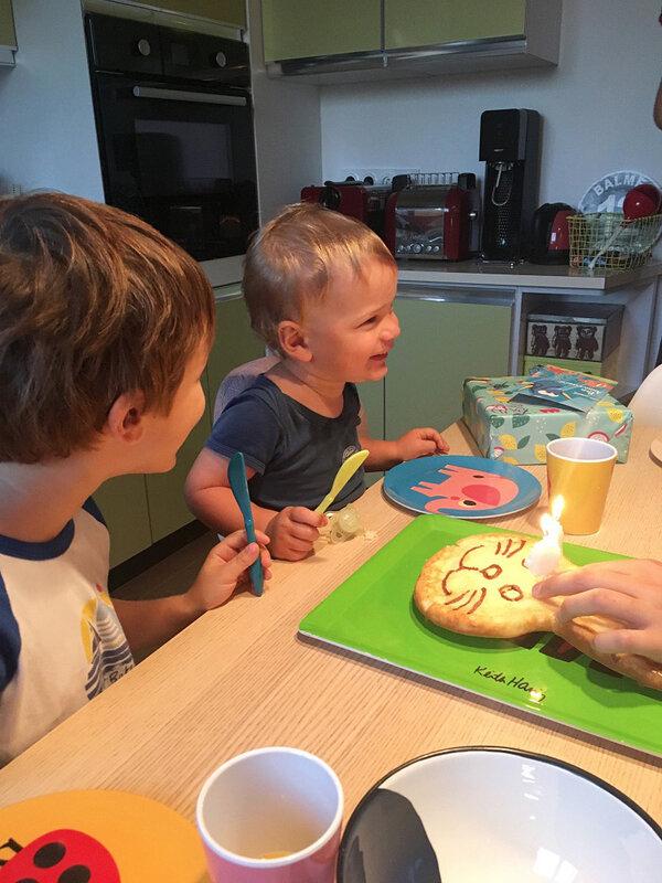 anniversaire-assiettes-ingela-p-arrhenius-ma-rue-bric-brac