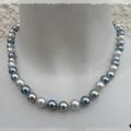 Collier perles rondes 10 mm nacrées 3 tons couleurs gris 42 cm