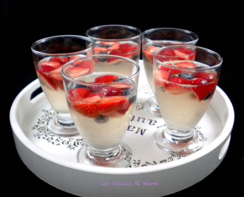 Sangria blanche aux fruits rouges 2