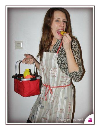 IMG_6151-tablier-bon-apptit-brun-beige-rouge-bordeaux-pois-blanc
