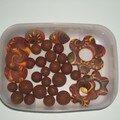 perles marron-jaune
