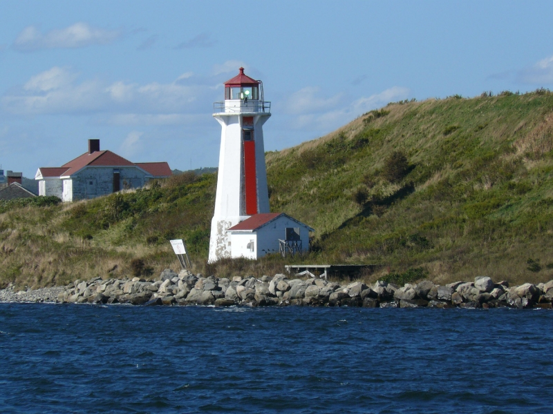 2010-09-05 Halifax 740 (239)