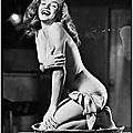 1946 - pin-up marilyn - série en culotte par earl moran