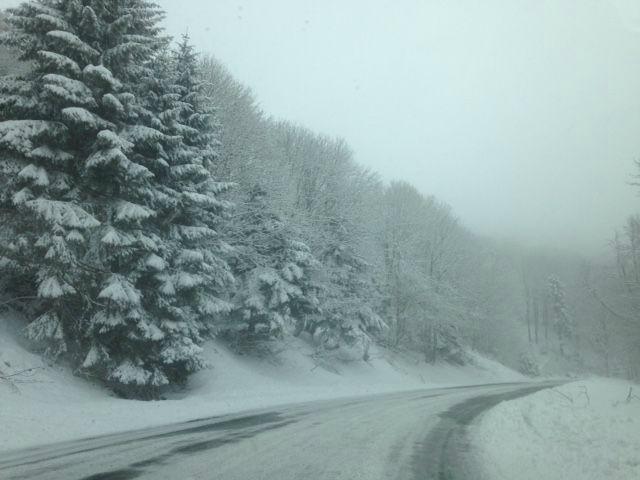 neige sur route ballon