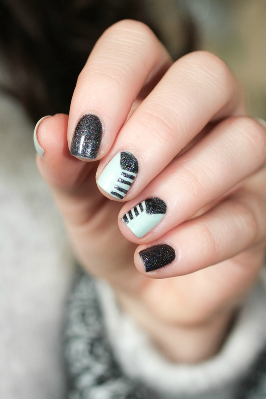 nail art fiver butter london glam polish the old black magic-3