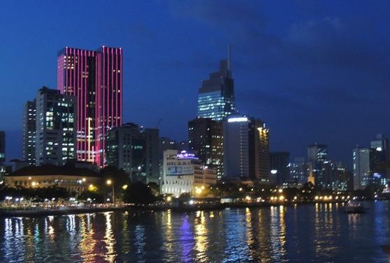 4-Saïgon de nuit