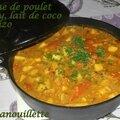 Tajine de poulet au curry, lait de coco, pommes et chorizo