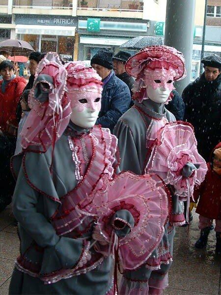 Carnaval Vénitien d'Annecy organisé par ARIA Association Rencontres Italie-Annecy (83)