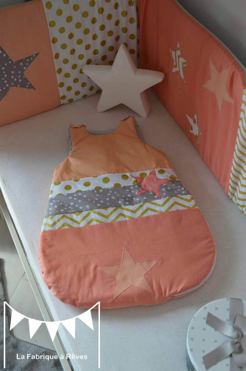 gigoteuse 0-6 mois bébé fille abricot corail doré gris étoiles chevron pois