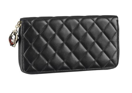 black_quilted_leather_wallet_with_charms_portefeuille_en_cuir_noir_matelass__avec_breloques
