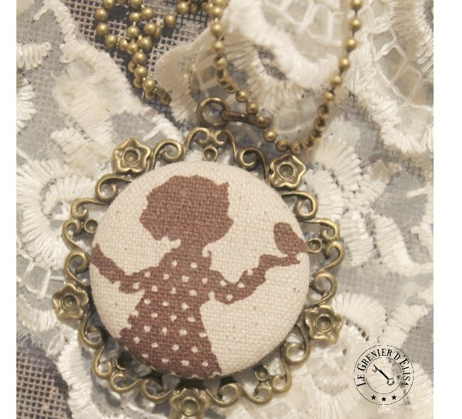 COLLIER FILLETE